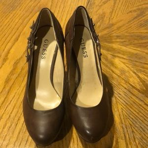 GUESS brown heels size 8